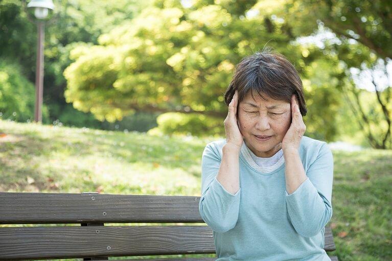 危険な頭痛と心配のない頭痛